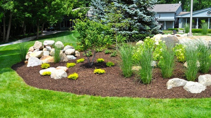Landscaping Bark Suppliers : Mulch tips ocean county alborn supply